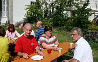 Kv-Vorsitzender Roland Mair, OV-Vorsitzende Marianne Koos und Bürgermeister Peter Ziegelmmeier